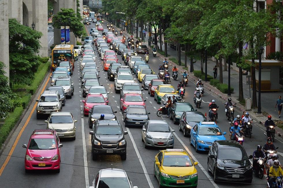 Cuándo prohibirán los coches Diesel y gasolina todos los países