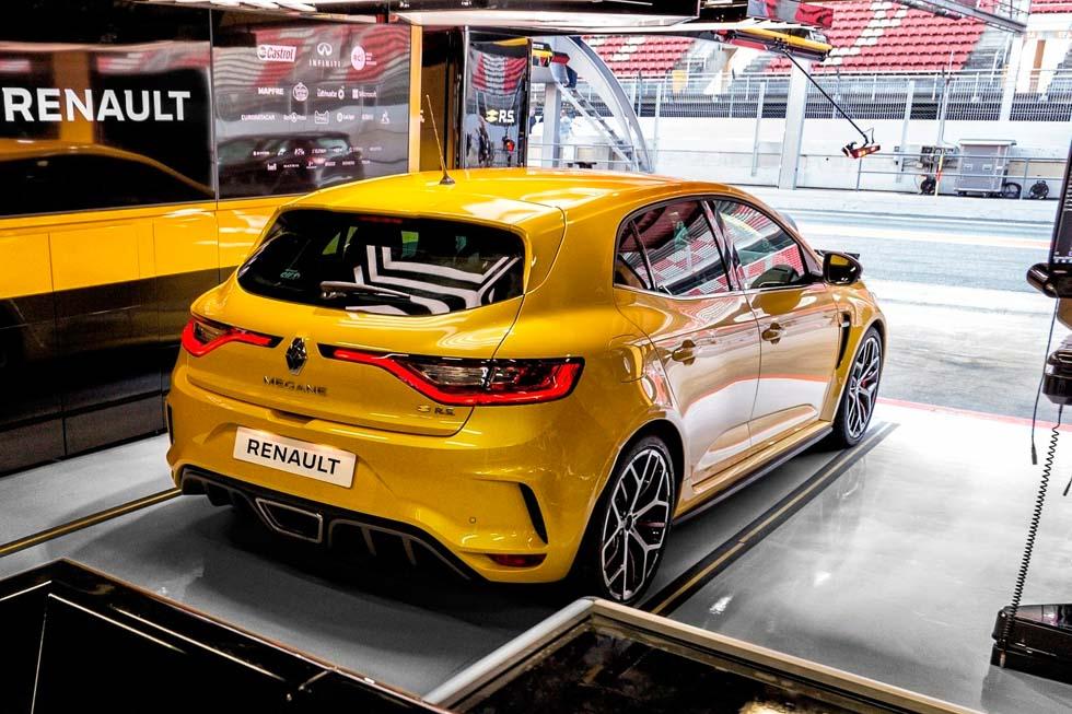 Renault Mégane RS Trophy 2019: todas las fotos y datos del nuevo deportivo