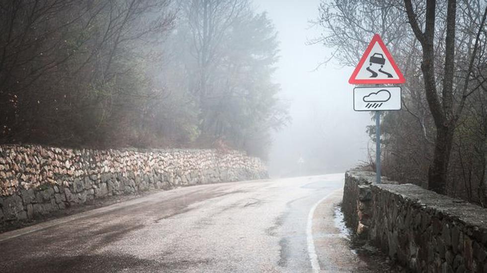 Cómo son y dónde están las carreteras con más accidentes en España (mapa)