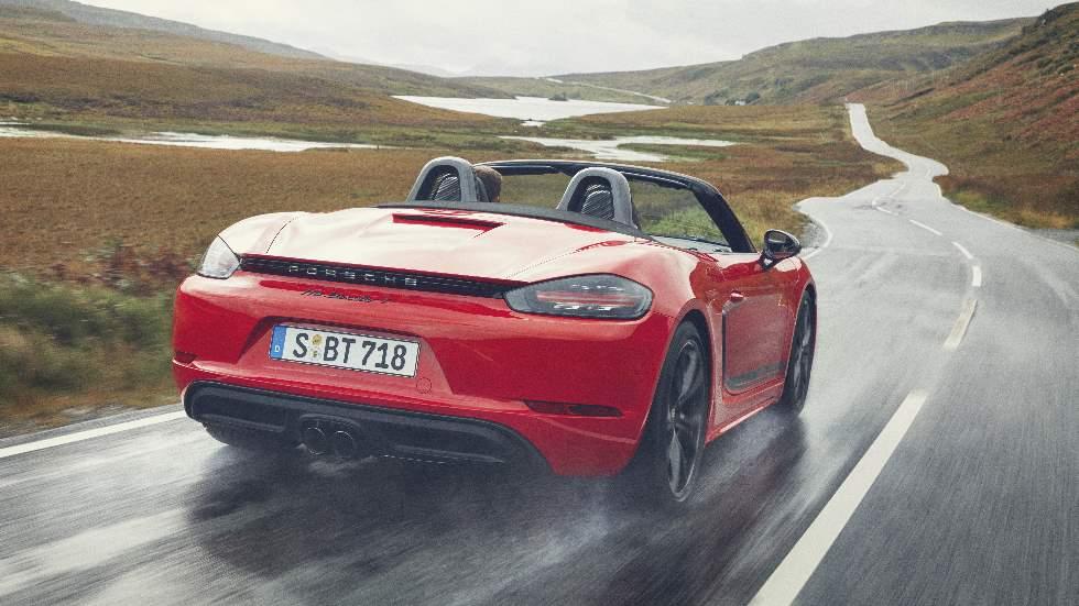 Porsche 718 T Boxster y Cayman 2019: más placer y adrenalina en la conducción