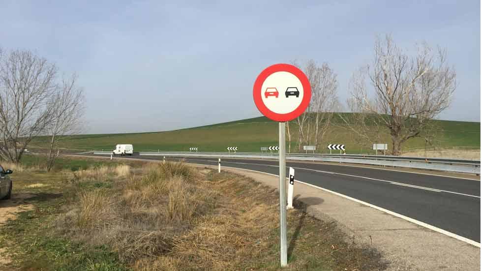 Cuál es la velocidad real a la que circulamos por las carreteras convencionales