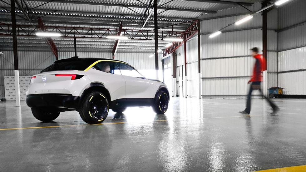 Opel GT X Experimental: al volante del concept car alemán (VÍDEO)