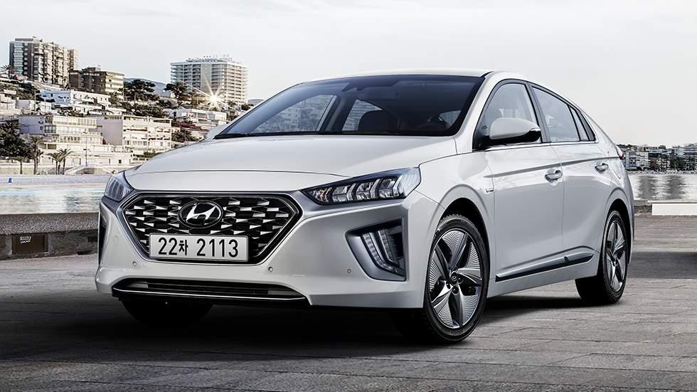 Hyundai Ioniq 2019: la berlina híbrida e híbrida plug-in se actualiza