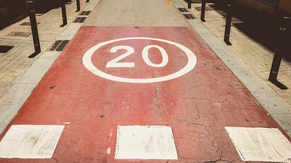 La DGT bajará en ciudad el límite a 20 km/h: dónde y cuándo