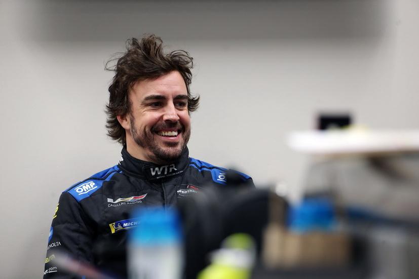 Comienza la acción para Alonso en las 24 Horas de Daytona