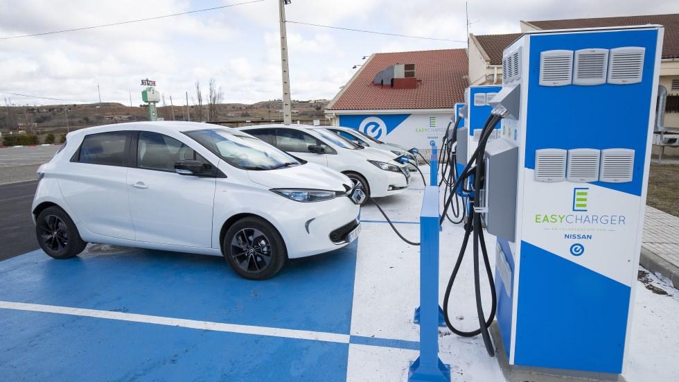 Nissan y Easy Charger ya cuentan con su primer punto de carga para coches eléctricos