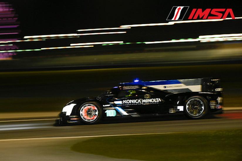 24 Horas de Daytona: Quedan 19h. Un magistral Alonso lideró la carrera tras 5 horas
