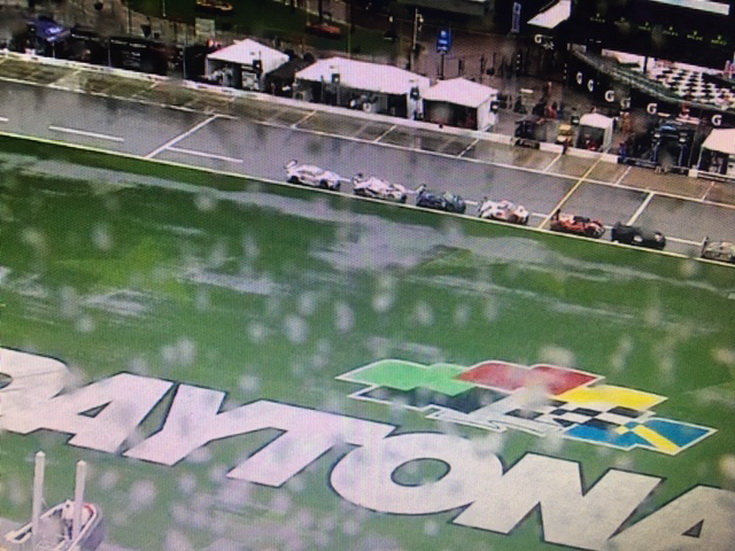 24 Horas de Daytona: Alonso, mágico como siempre