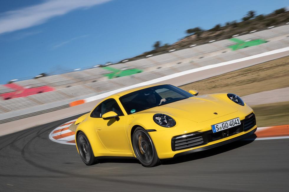 Nuevo Porsche 911: primera prueba a la generación 992