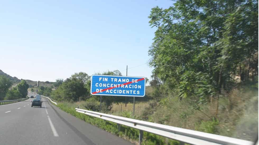 Así influye la velocidad media a la que circulamos en los accidentes