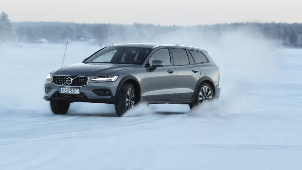 Volvo V60 Cross Country 2019: prueba y precio del familiar más off-road