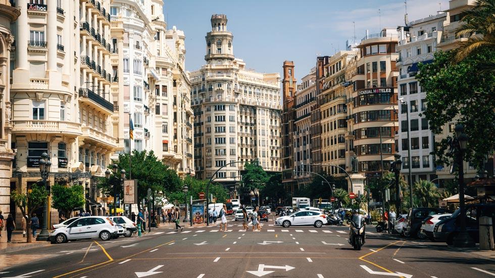 Dónde están los nuevos radares en Valencia que multan hasta con 3.000 euros