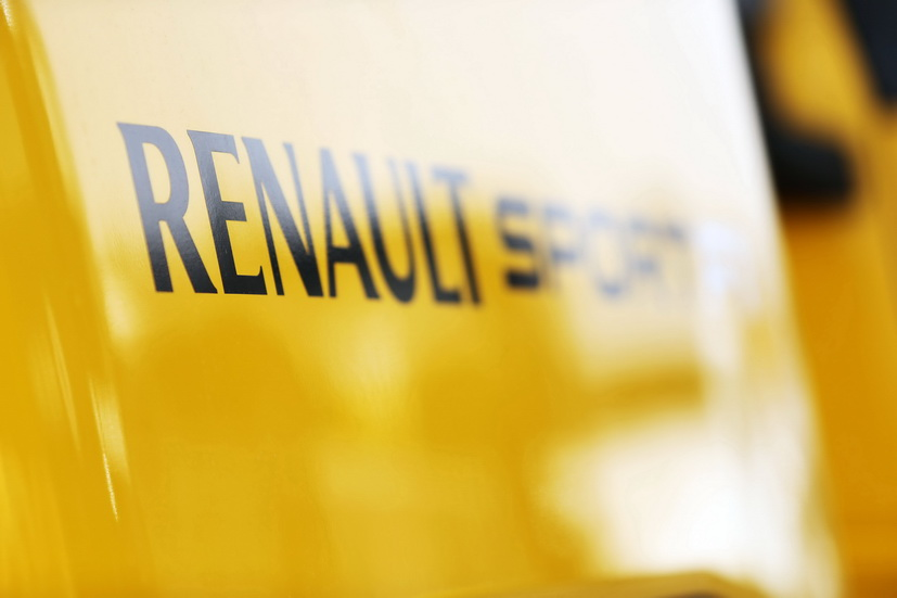 ¡Ya suena el motor Renault del McLaren MCL34!