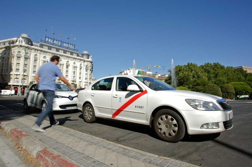 La huelga de taxistas contra Uber y Cabify, desconvocada: todas las claves