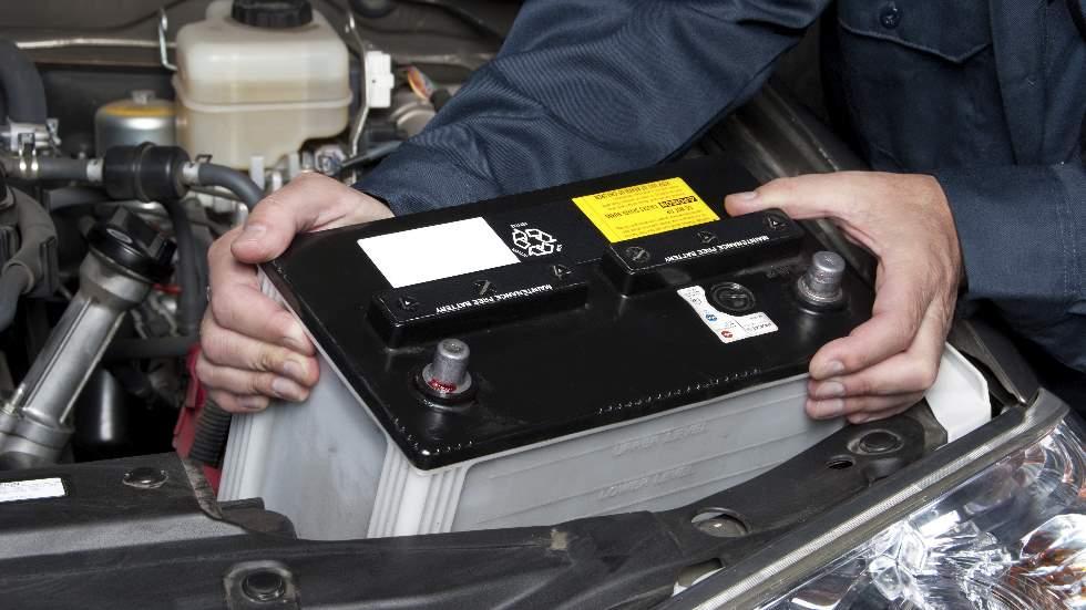 Coches con stop/start: curiosidades y consejos para un buen uso de sus baterías