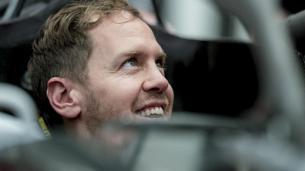 Fórmula 1: Vettel visita Maranello y se hace el asiento