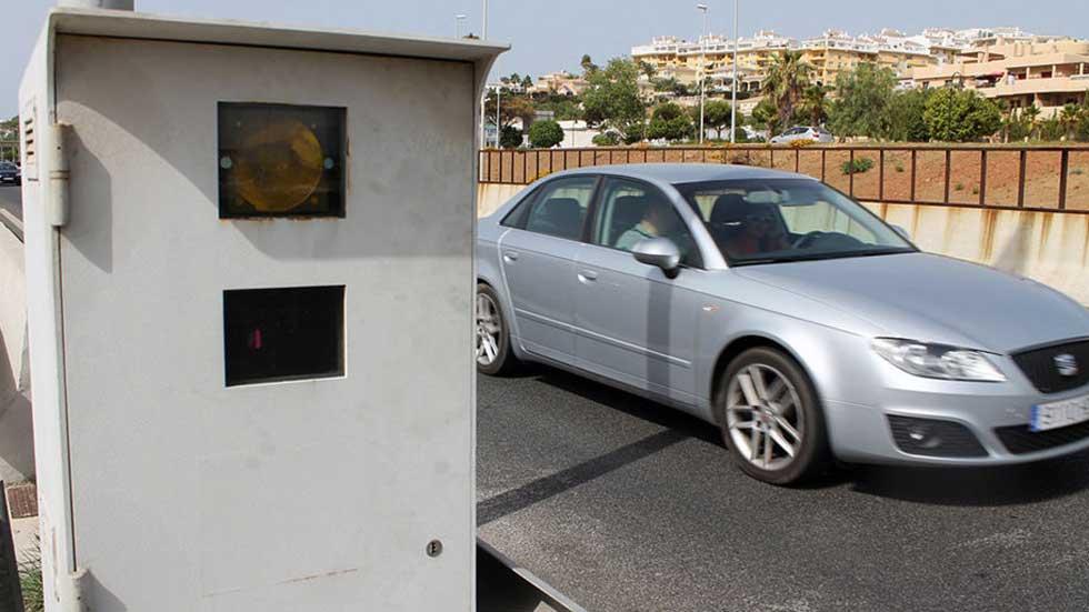 ¿Hay en España más radares que en el resto de países? Su número por 1.000 km2