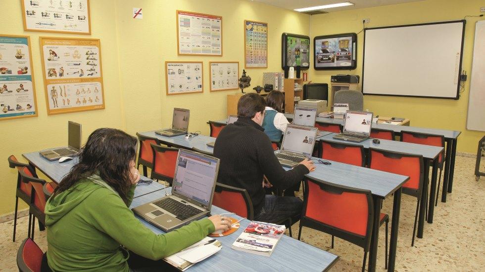 El monopolio de la DGT con los cursos para recuperar puntos: anulados por sentencia