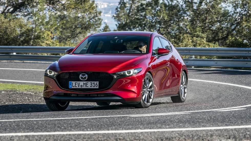 Mazda3 2019: nuevos datos de sus motores y nuevas fotos del compacto nipón