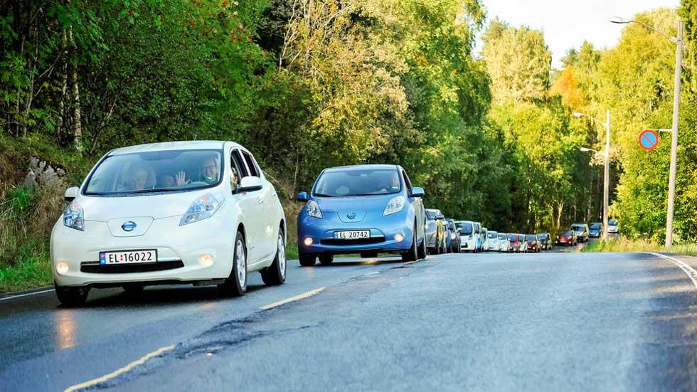 Uso de la climatización y autonomía del coche eléctrico: ¿cuánto se reduce?