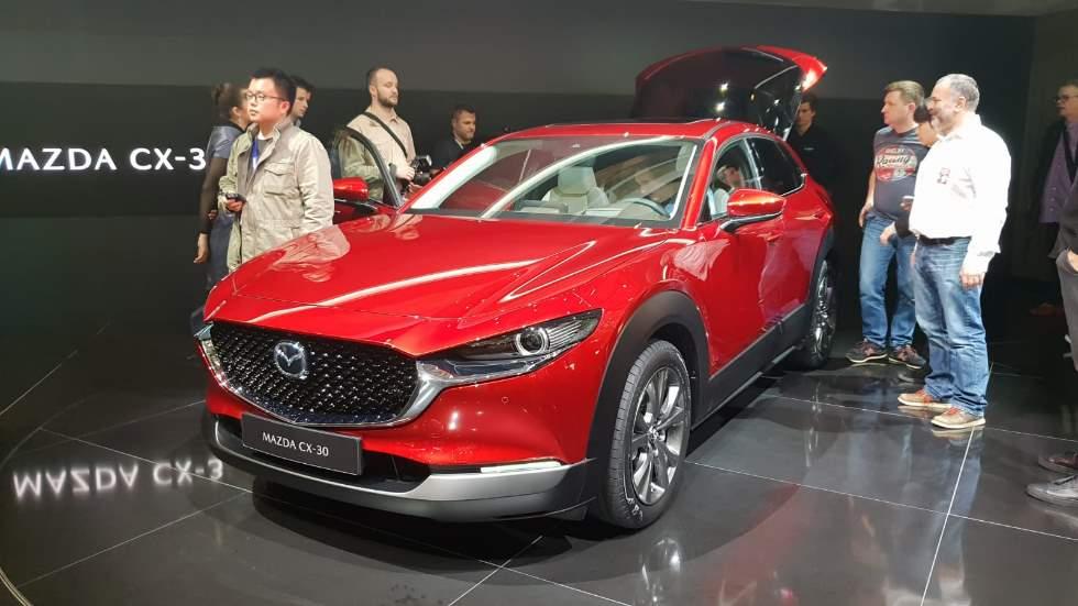 Mazda CX-30 2019: más datos, fotos y VÍDEO del SUV con base del nuevo Mazda3