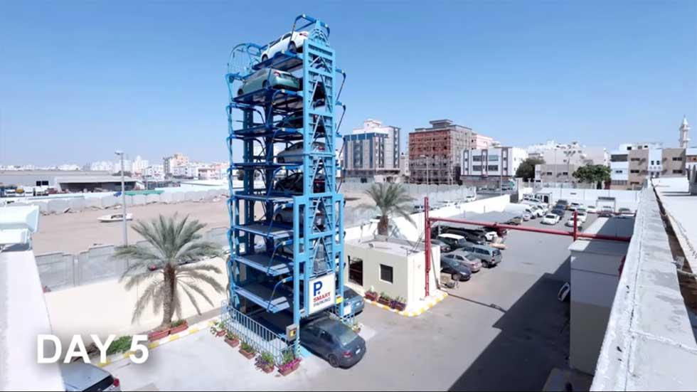 15 coches aparcados donde caben 2: el nuevo párking que llega a España (VÍDEO)