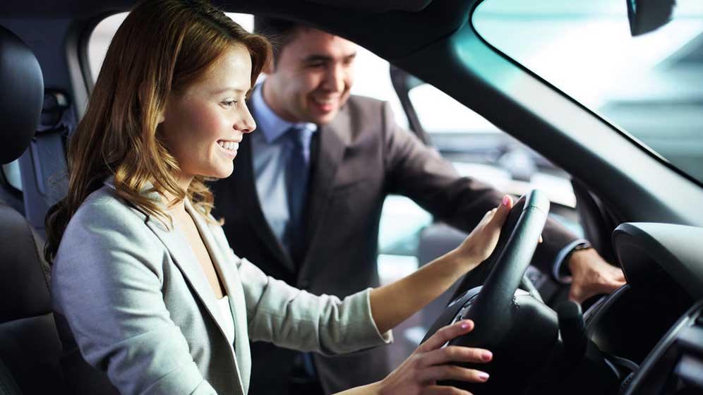 Bajan los descuentos en la compra de coches: así está la media
