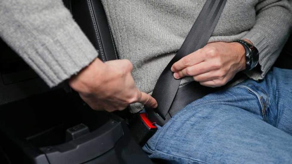 La DGT intensifica el control del uso del cinturón de todos los ocupantes