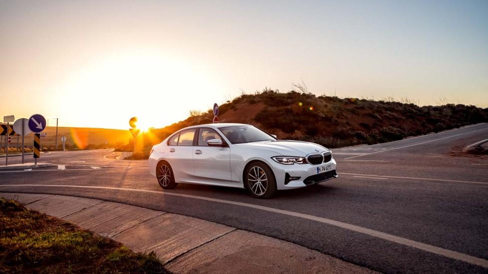 BMW 330e 2019: la berlina, con nueva versión híbrida enchufable