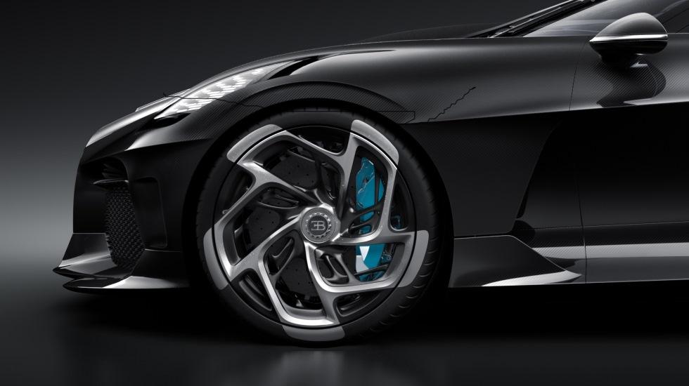 Bugatti echa chispas… el nuevo La Voiture Noire no es perfecto (vídeo)