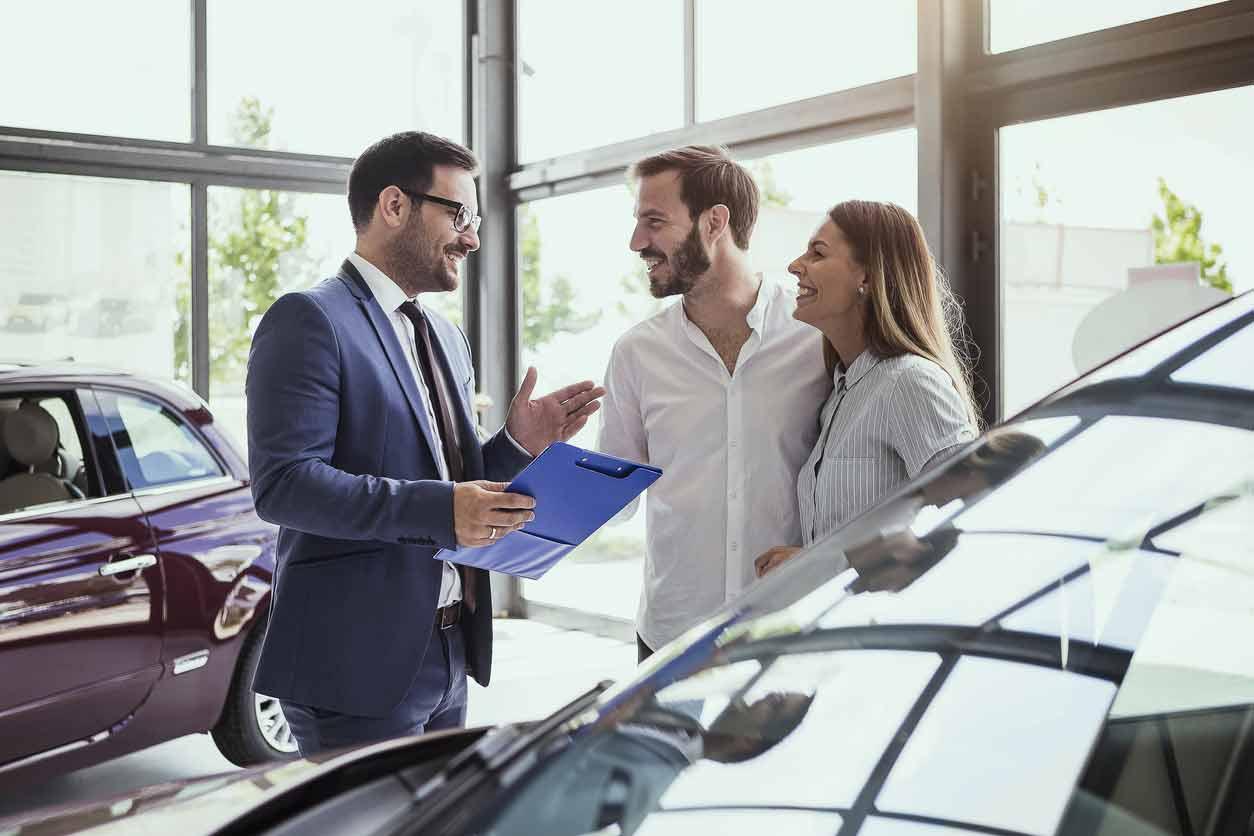 ¿Cuánto han subido los precios de los coches en el último año?