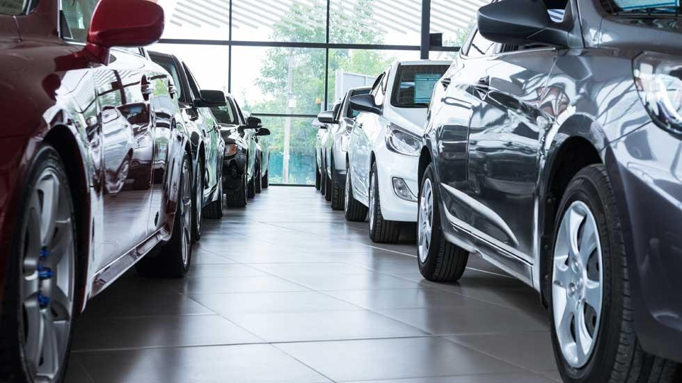 Los concesionarios de coches facturan más… pero son menos rentables