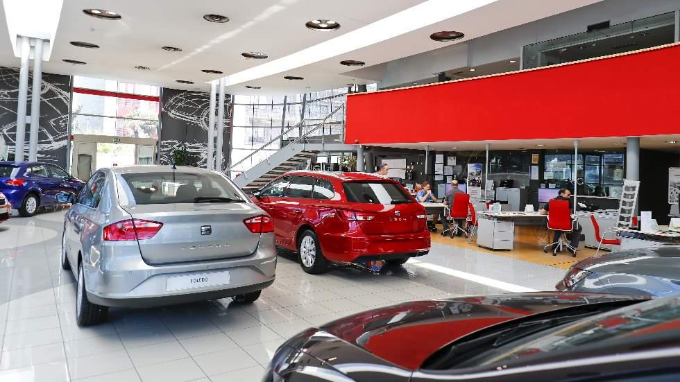 Las ventas de coches encadenarán en marzo siete meses seguidos de caídas