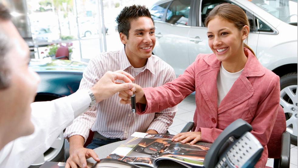 Dudas: coches de Km 0, ¿son nuevos o de segunda mano? ¿Qué garantías tienen?