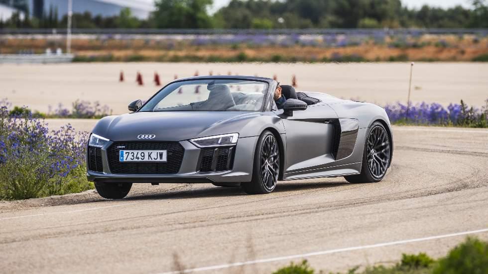 A prueba el Audi R8 Spyder Plus: fuerza bruta al descubierto