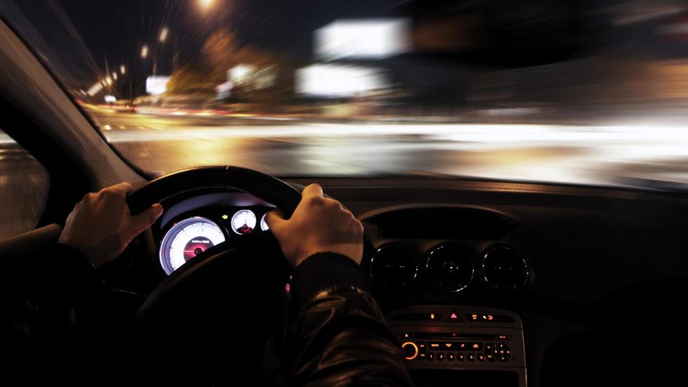 Los mejores consejos para conducir de noche correctamente y de forma segura