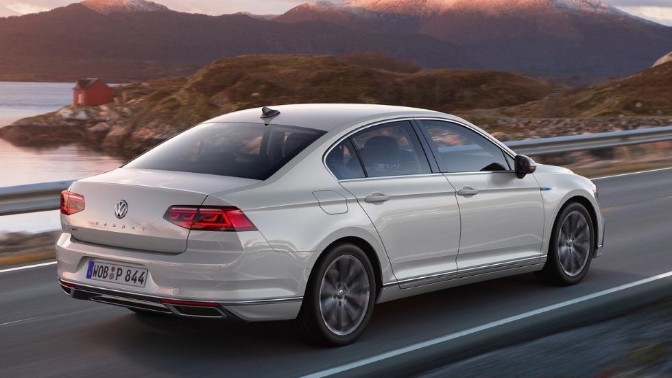 Volkswagen Passat 2019: más novedades y fotos de la nueva berlina