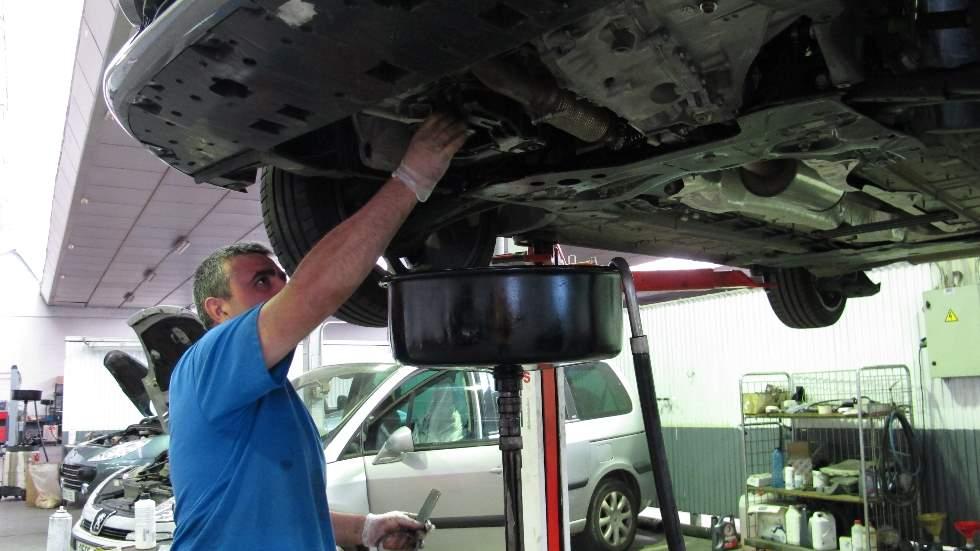 Mantenimiento de los coches en los talleres oficiales de marca: ¿merece la pena?