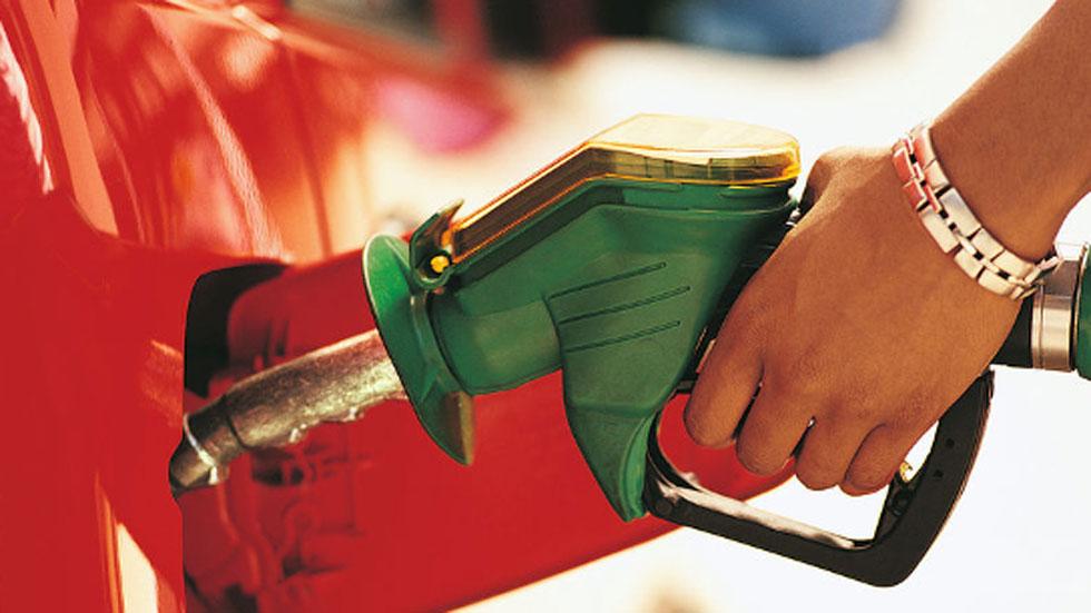 Esto es lo que te va costar llenar el depósito diésel y gasolina esta Semana Santa
