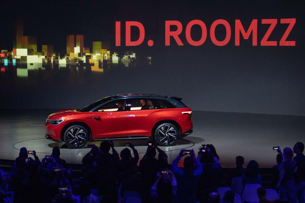 VW ID. Roomzz: así es el nuevo gran SUV eléctrico, rival del Tesla Model X