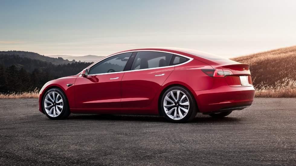 El Tesla Model 3 más barato, ya a la venta en España