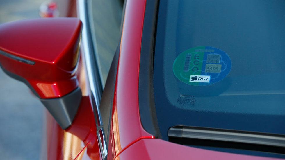 Si no vivo en Madrid, pero voy a entrar, ¿debe mi coche llevar la etiqueta de la DGT? ¿Me pueden multar?