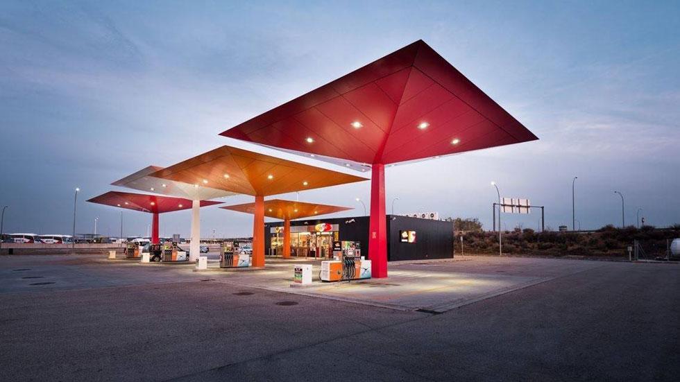 Ya puedes repostar en tu coche la nueva gasolina de 100 octanos