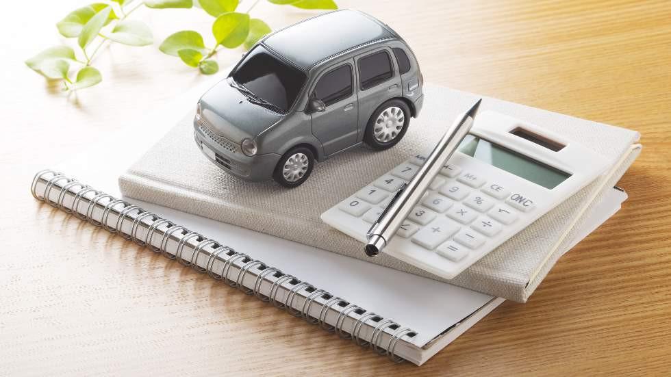 ¿Quién frena la caída en la venta de coches de particulares? Los clientes no saben qué hacer…