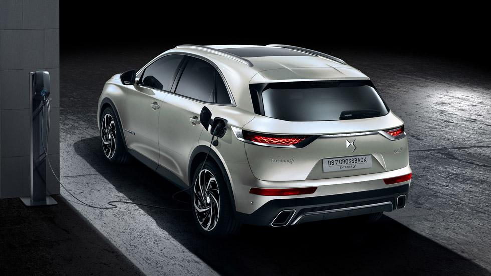 DS 7 Crossback E-Tense: 300 CV y 1,4 l/100 km de consumo para el nuevo SUV