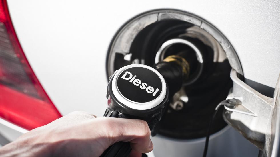 """El """"dieselazo"""": así te afectará la próxima subida del diésel"""
