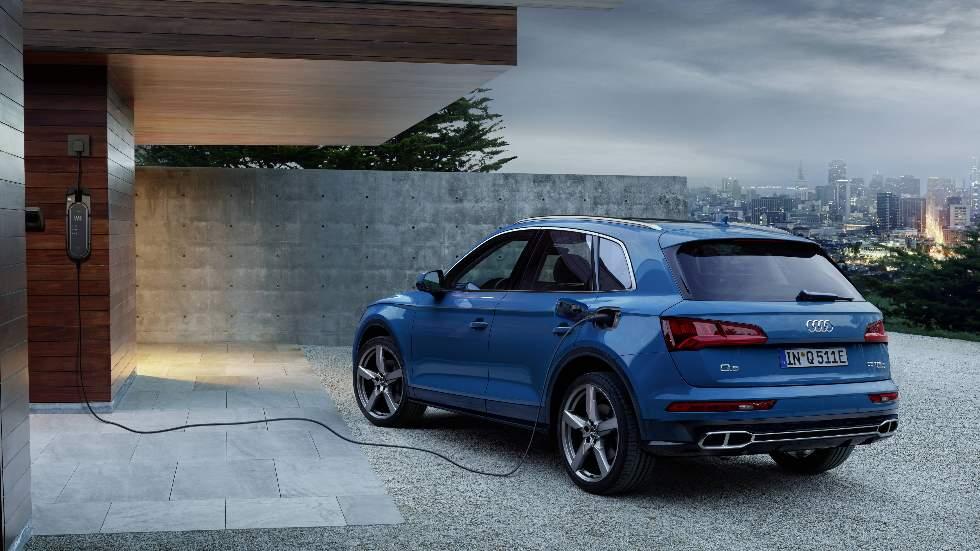 Audi Q5 TFSIe: precio y todos los datos del SUV híbrido enchufable