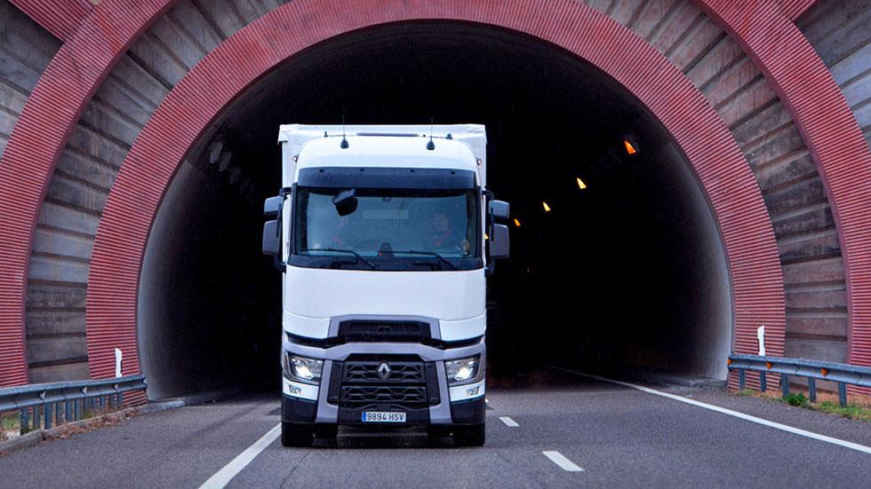 Los camiones tendrán nuevas cabinas en 2020: así serán obligados por la UE
