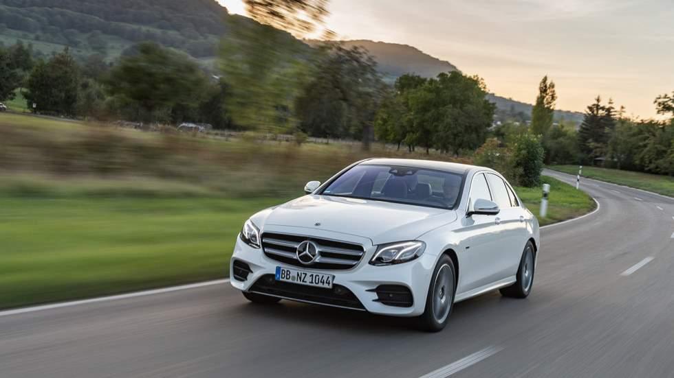 Mercedes E 300 de: precios y prueba de la nueva berlina híbrida con etiqueta CERO