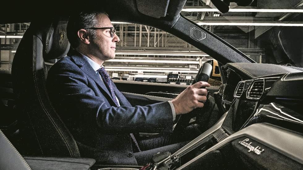 """Entrevista al presidente de Lamborghini, Stefano Domenicali: """"nuestros coches son máquinas para soñar"""""""
